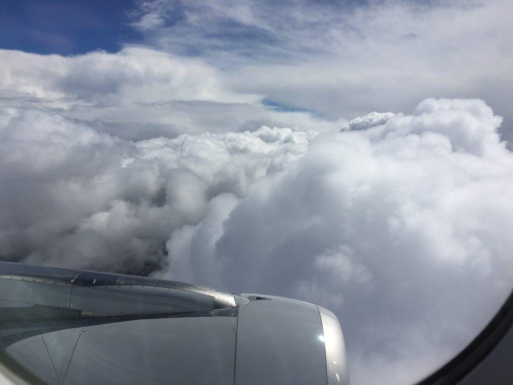 Über den Wolken auf dem Weg nach Lissabon