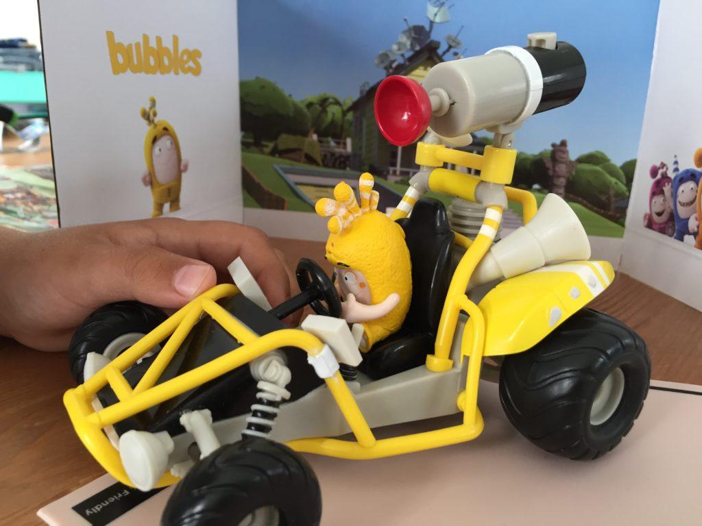 Oddbods Fahrzeug mit Bubbles