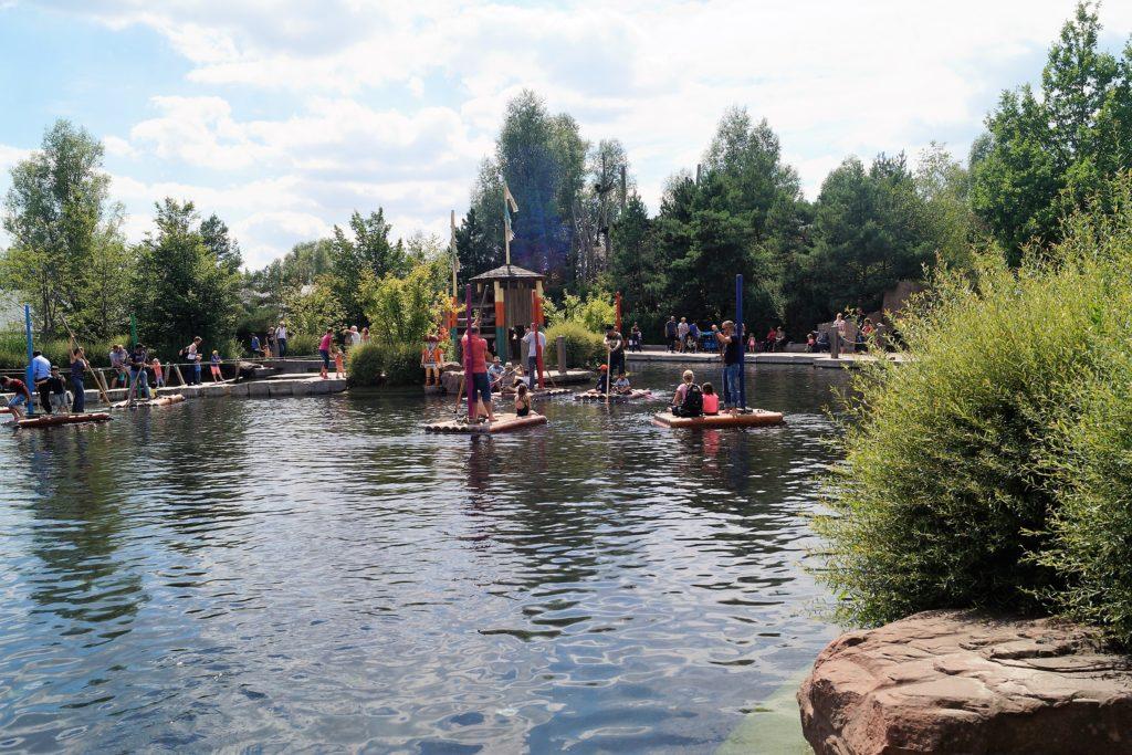 Die Flossfahrt im Playmobil Funpark.