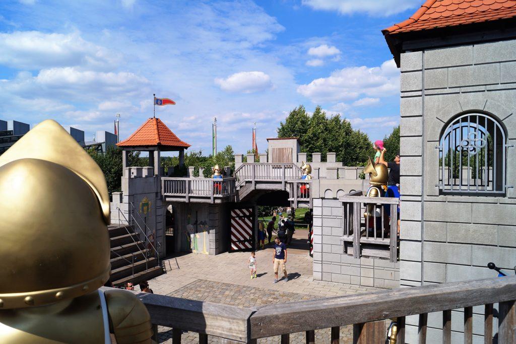 Ausblick von der Playmobil Ritterburg im Funpark.