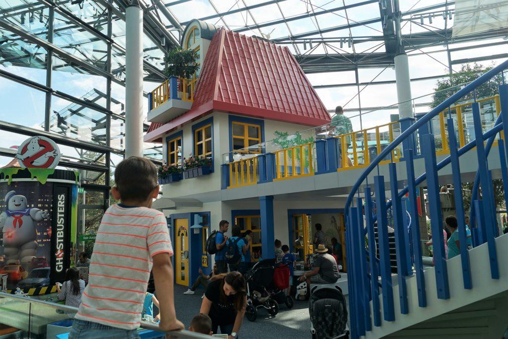 Im HOB-Center im Playmobil Funpark können die Kinder mit allen Playmobil Produkten spielen.