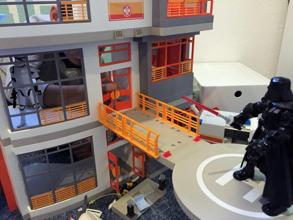 darth vader übernimmt das playmobil krankenhaus