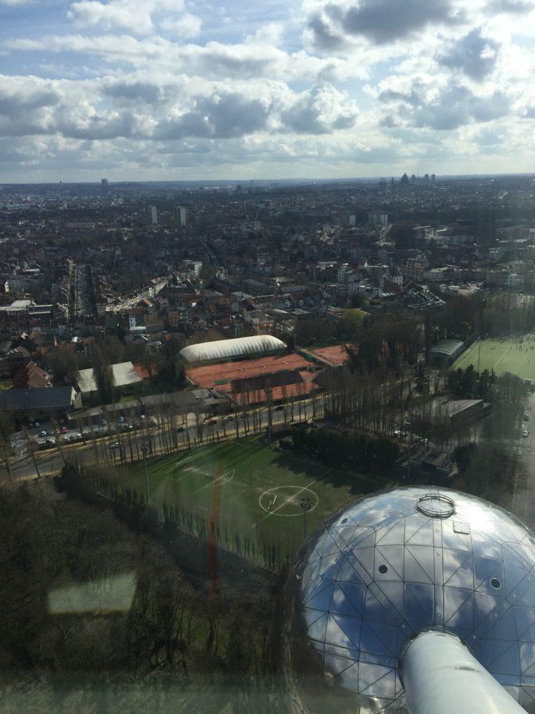 Brüssel von oben vom Atomium aus
