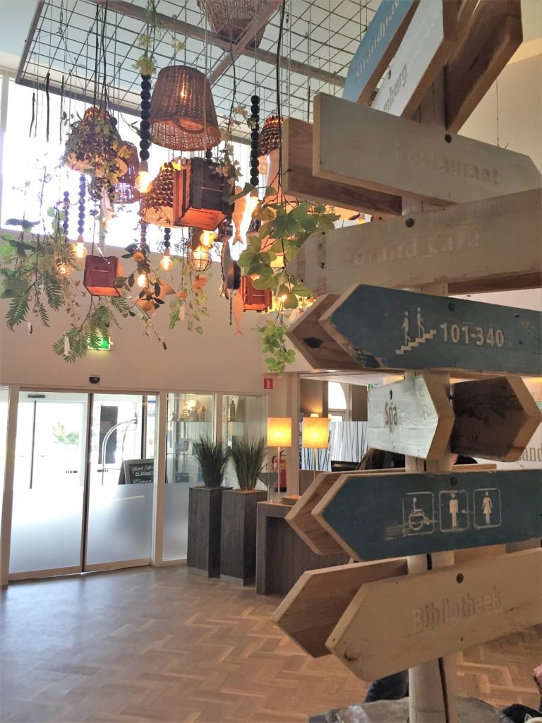 Der Eingangsbereich vom Badhotel Domburg
