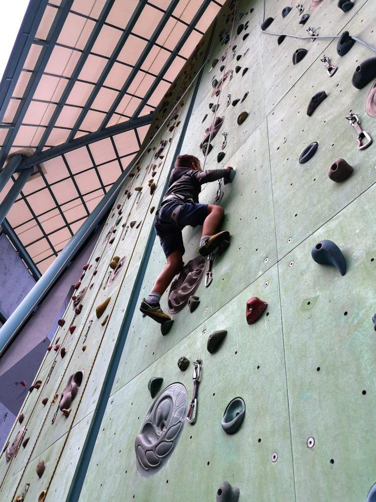 klettern im climbing stadium in arco