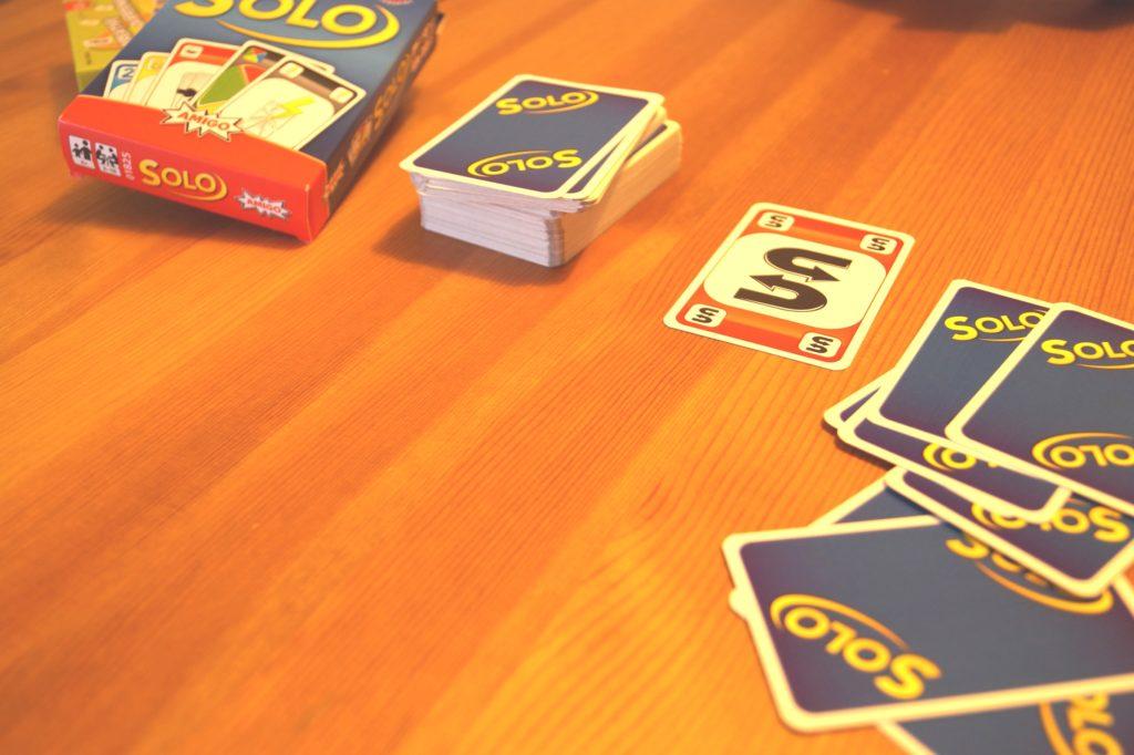 Für Mau Mau Fans: Solo Kartenspiel von AMIGO Spiele
