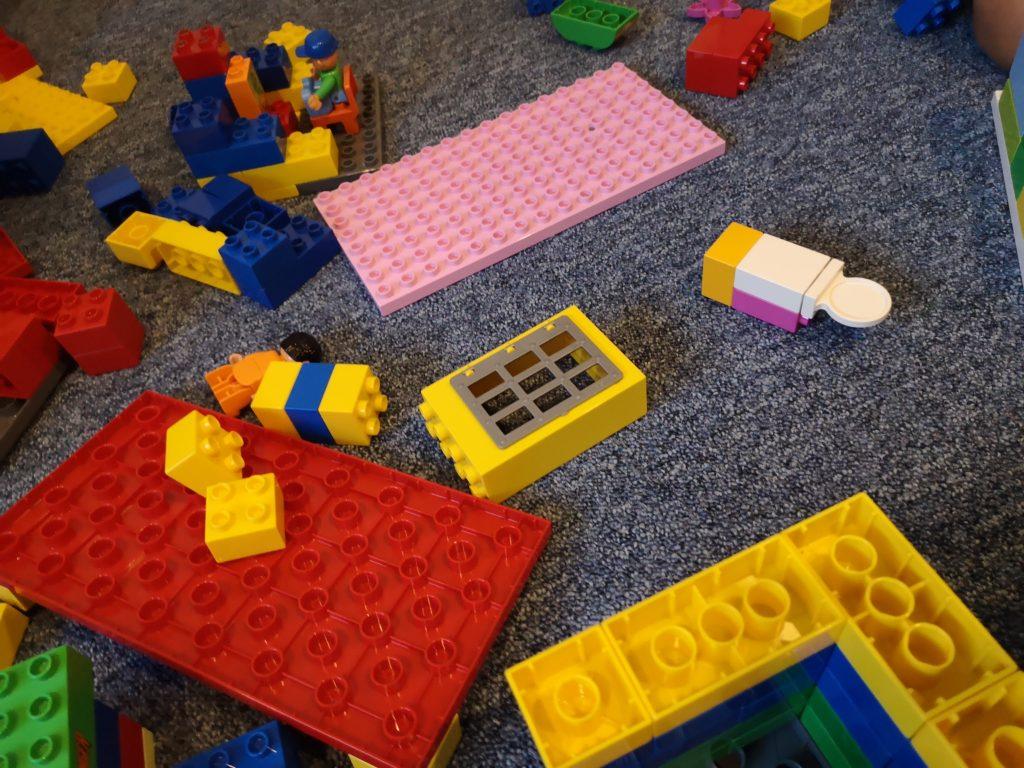 Große Lego Liebe bei den Kindern