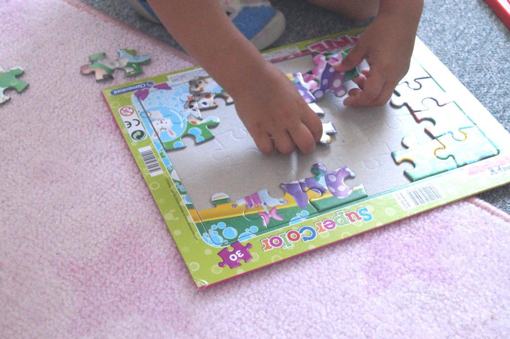 Puzzlespaß mit Minnie Mouse