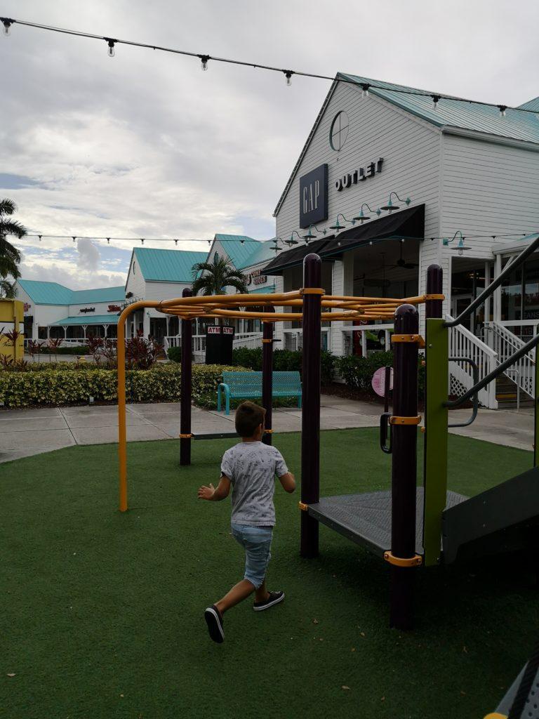 Spiel und Spaß bei den Sanibel Outlets