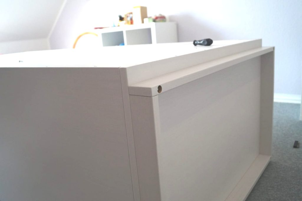 Kleiderschrank von de Breuyn: Gute Qualität der Möbelteile