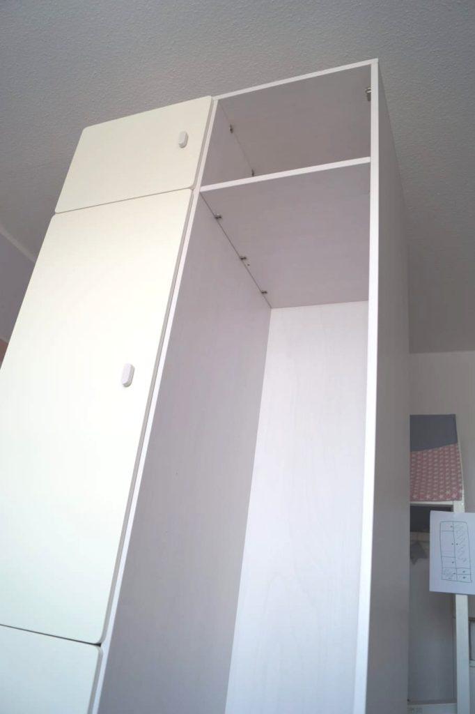 Kleiderschrank von de Breuyn: Praktische Höhe von 2,20m