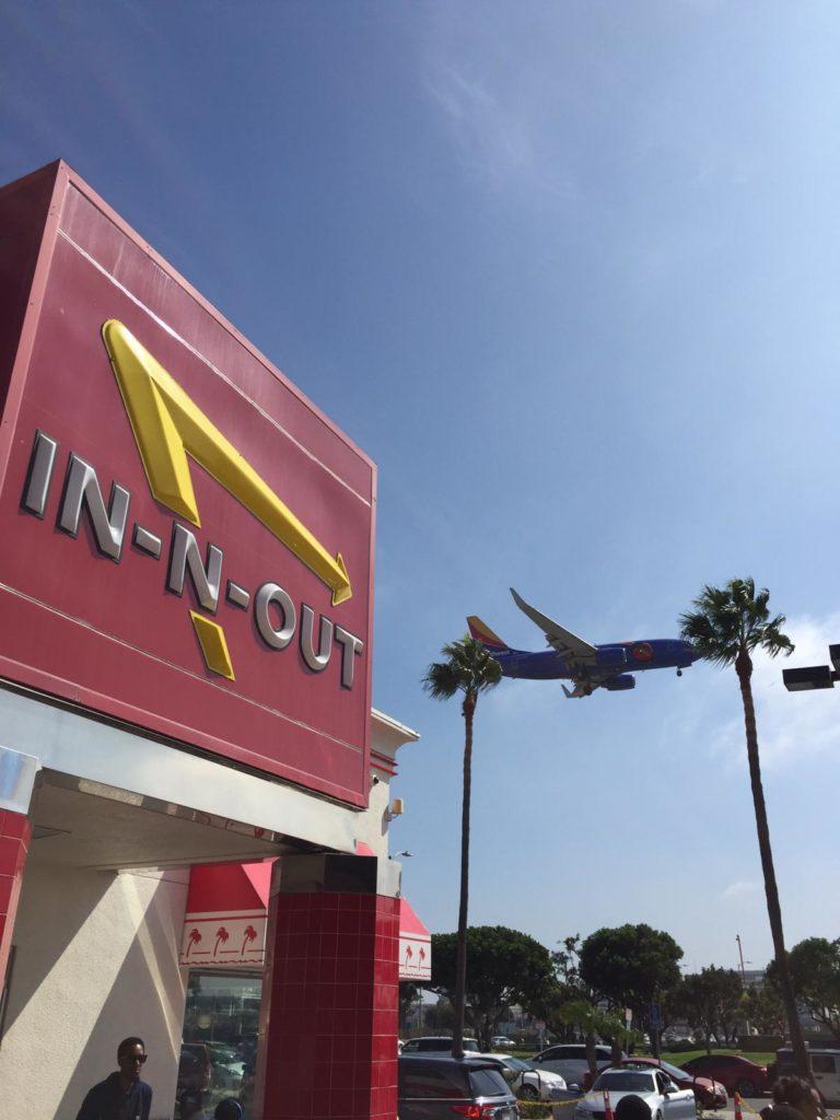 In-N-Out Buger in LA direkt am Flughafen