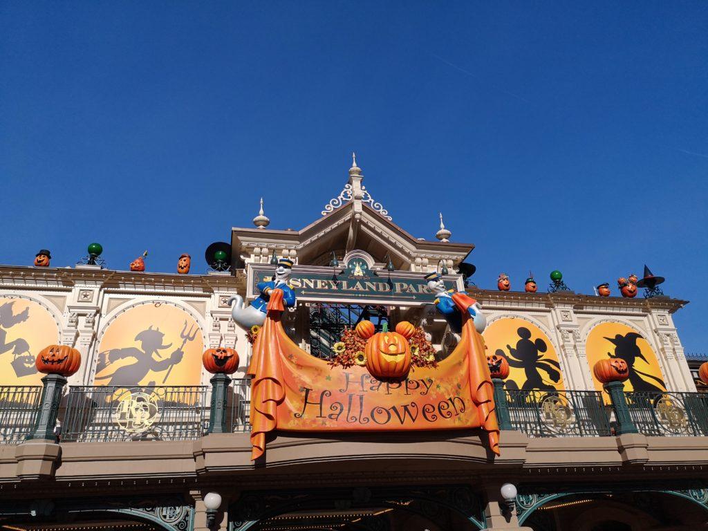 Halloween Grüße aus dem Disneyland Paris