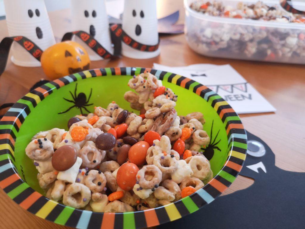 DIY für Halloween: Halloween Crunch