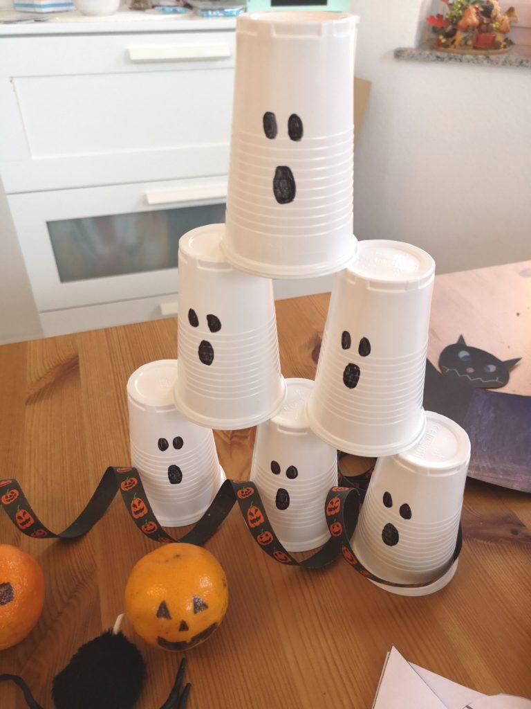 DIY für Halloween: Geister Wurfspiel für Kinder