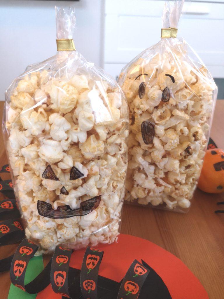 DIY für Halloween: Gespenster Popcorn Tüten