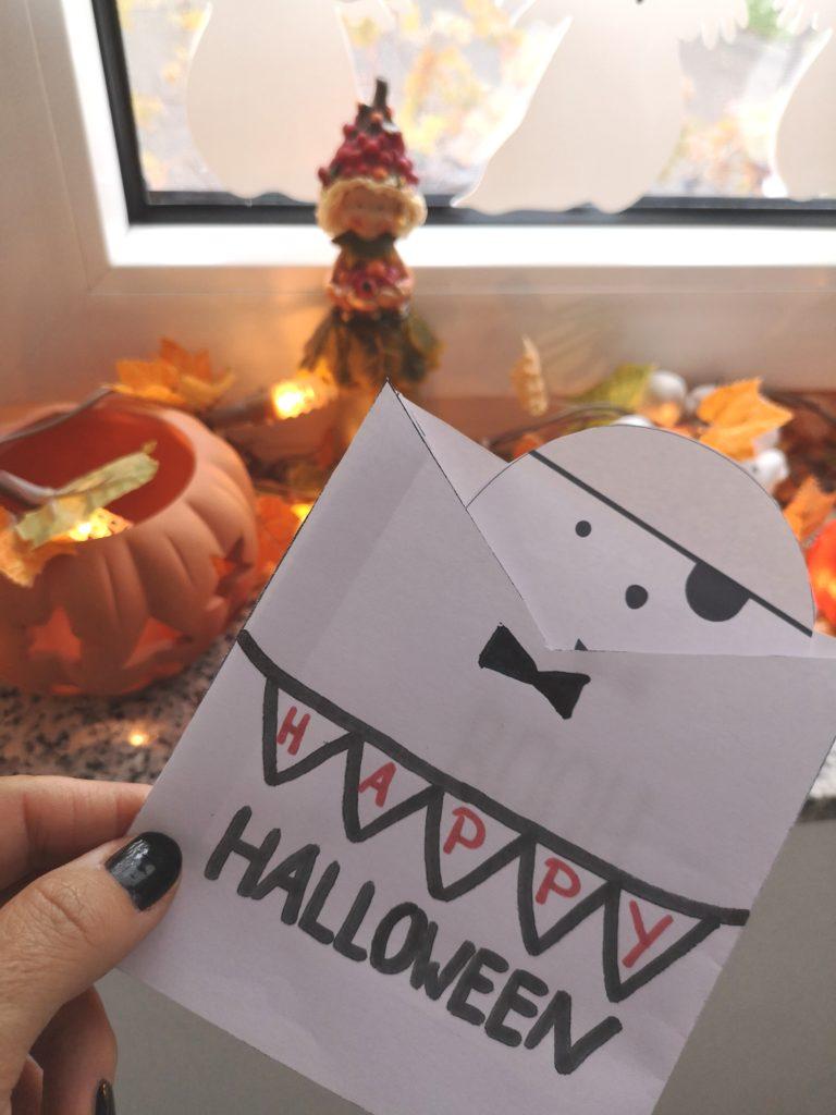 DIY für Halloween: Geister Einladungskarten