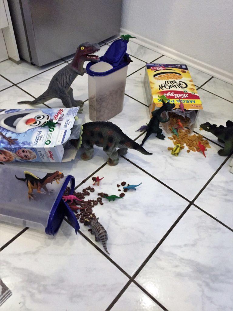 Dinovember: Die Dinos haben sich über die Cornflakes hergemacht