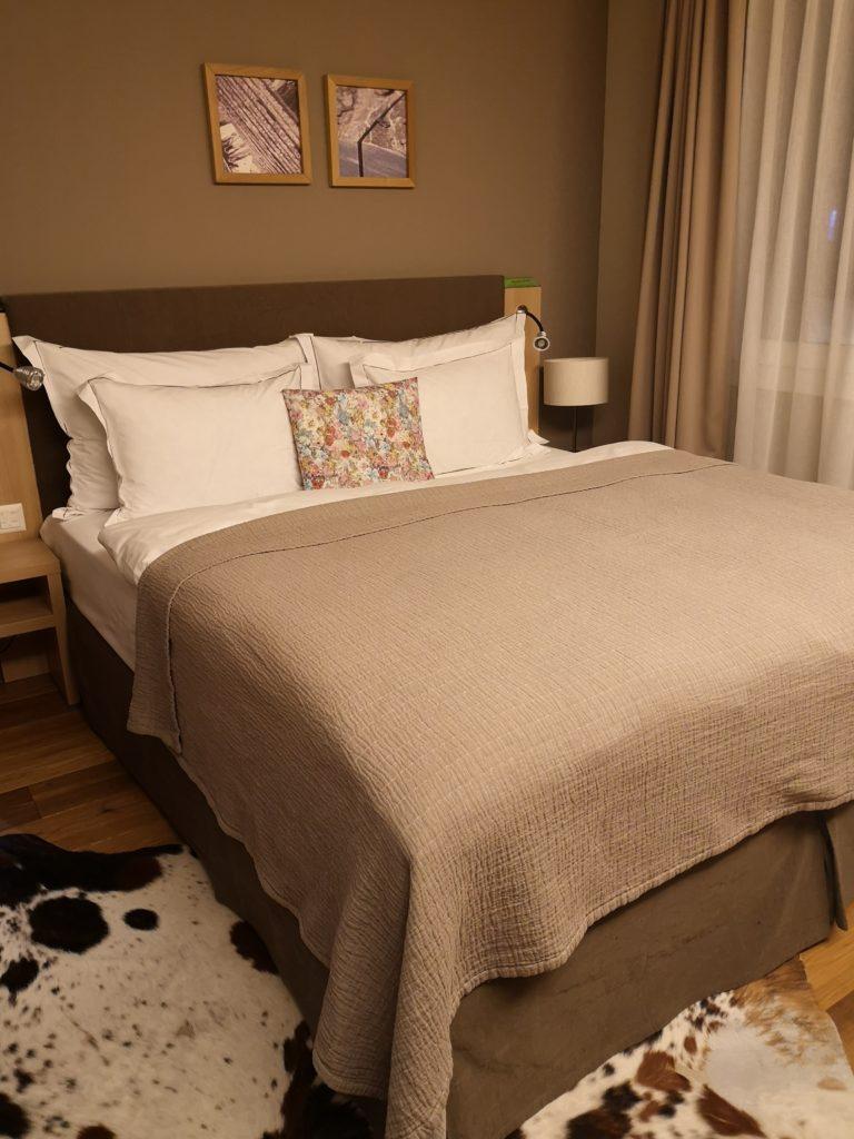 Gemütliche Betten gibt es im Valbella Inn resort