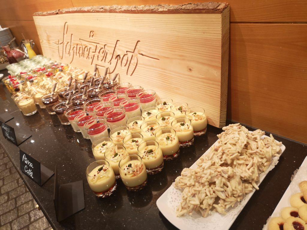 Dessertbuffel im Hotel Schweizerhof