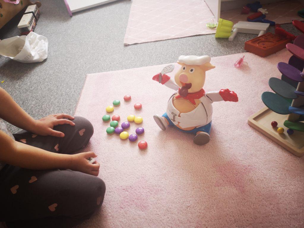 Schweineschwarte spielen
