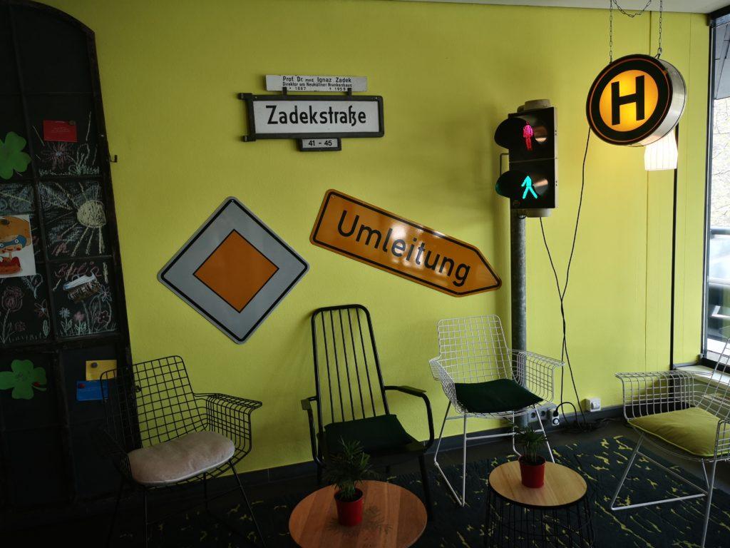 toller sitzbereich im vienna house easy berlin