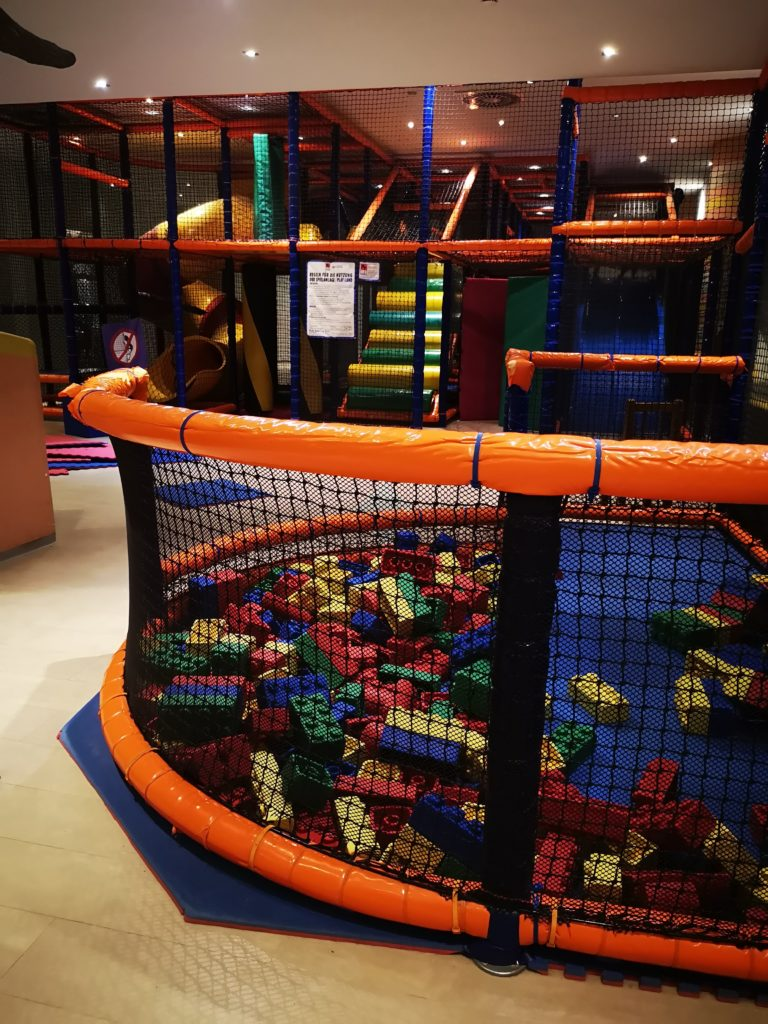 indoorspielplatz im van der valk resort
