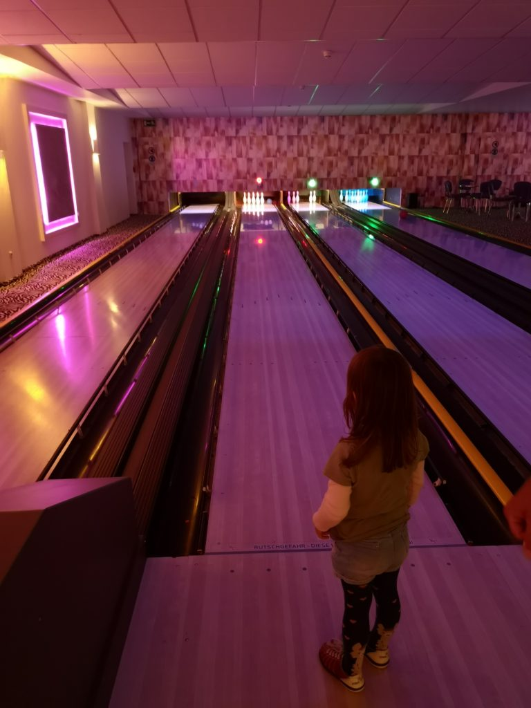 bowlingspaß im van der valk resort