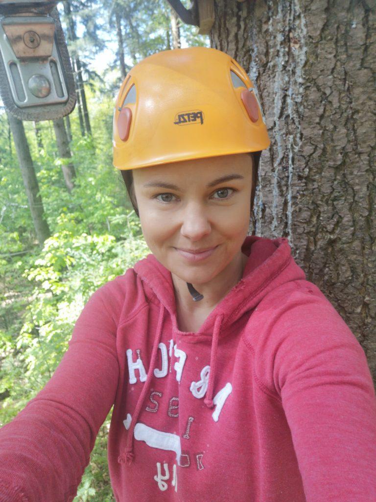 spaß beim klettern im kletterwald