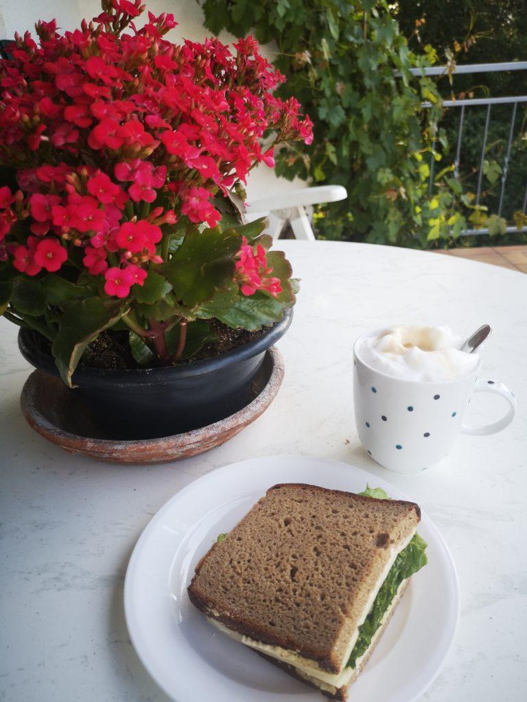 frühstück am freitag mit frischer stulle