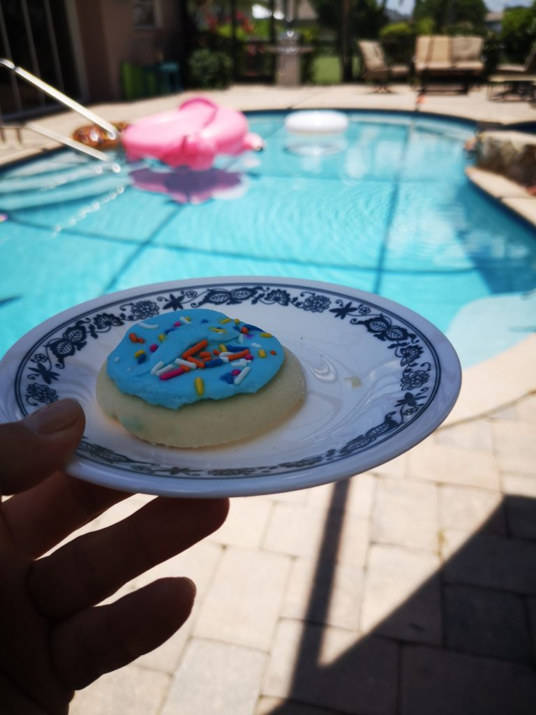 leckere frosted sugar cookies