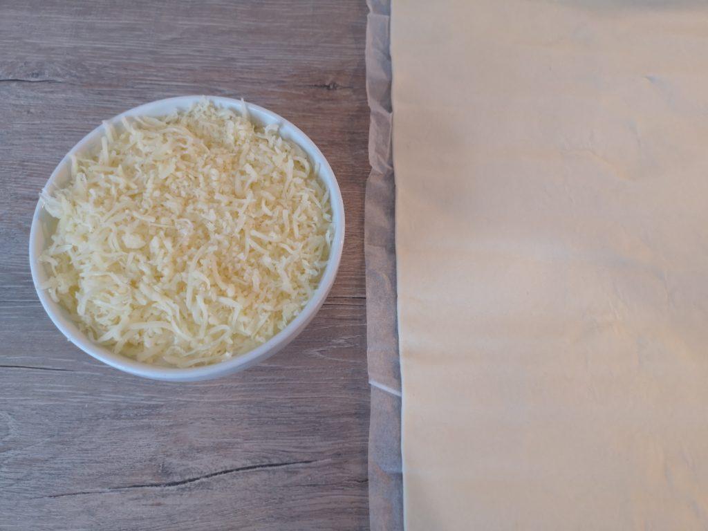 rezept für eine würstchen blätterteig torte