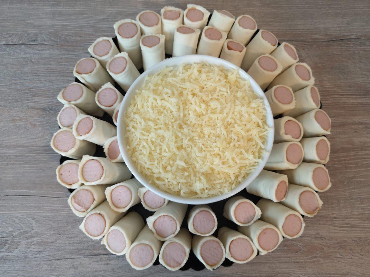 schnell und lecker: blätterteig würstchen mit käse
