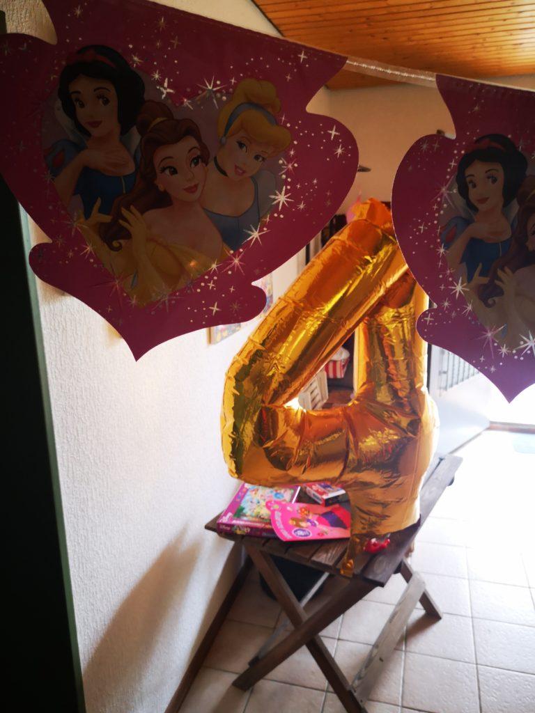 party deko von partydream für den prinzessinnen geburtstag