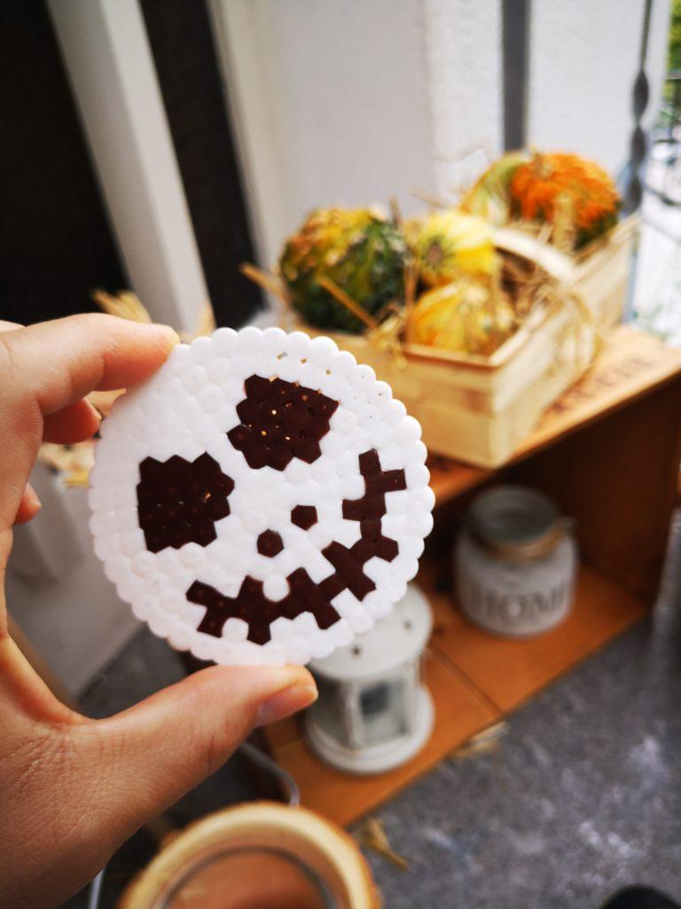 halloween bügelperlen figuren mit kindern basteln