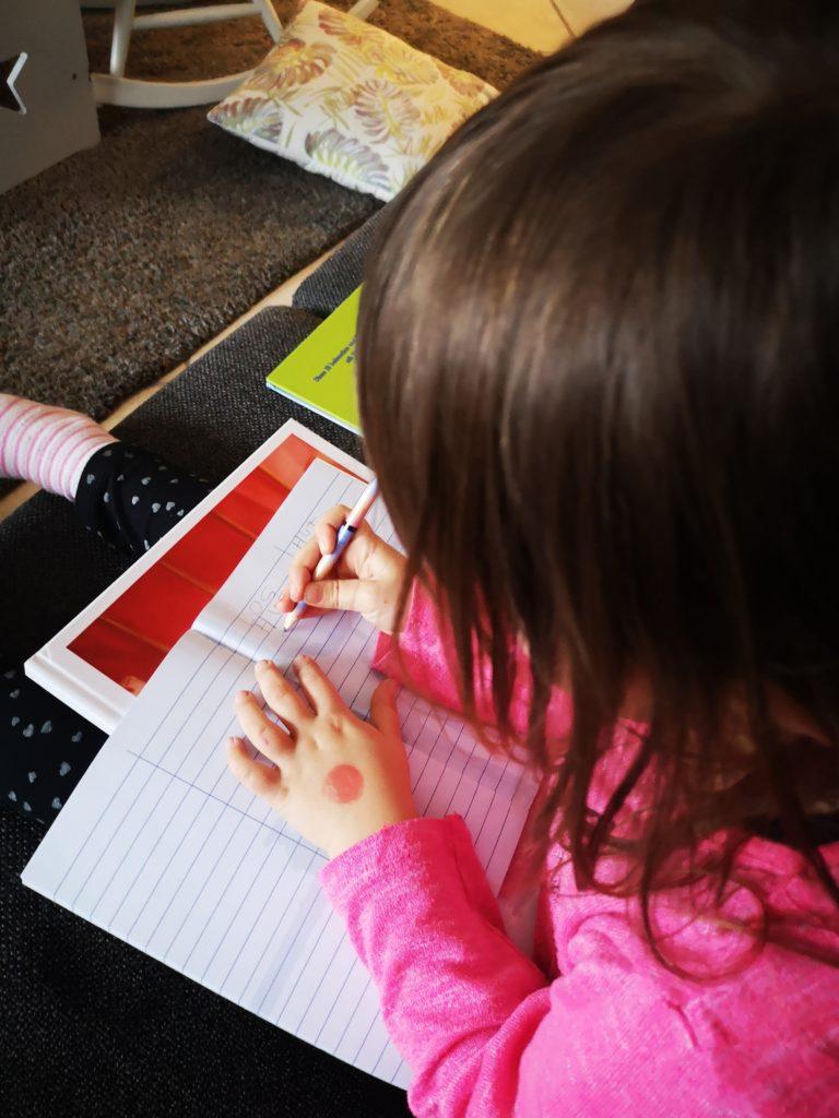 hausaufgaben machen im kindergarten