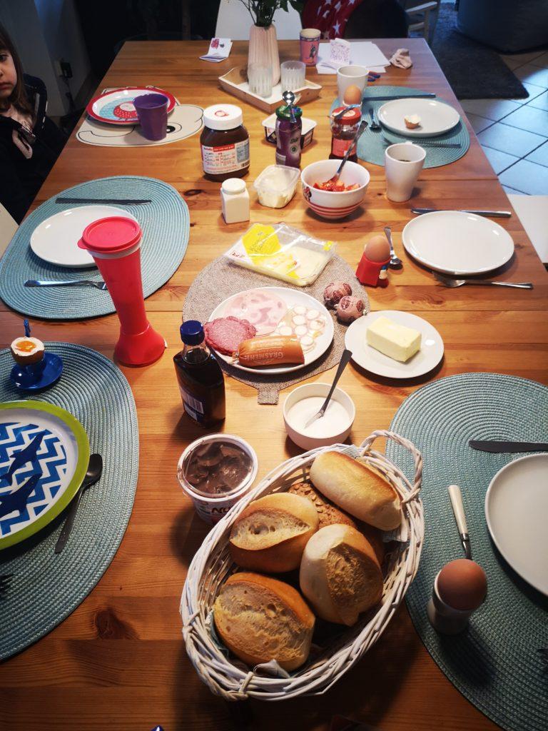 leckeres sonntagsfrühstück