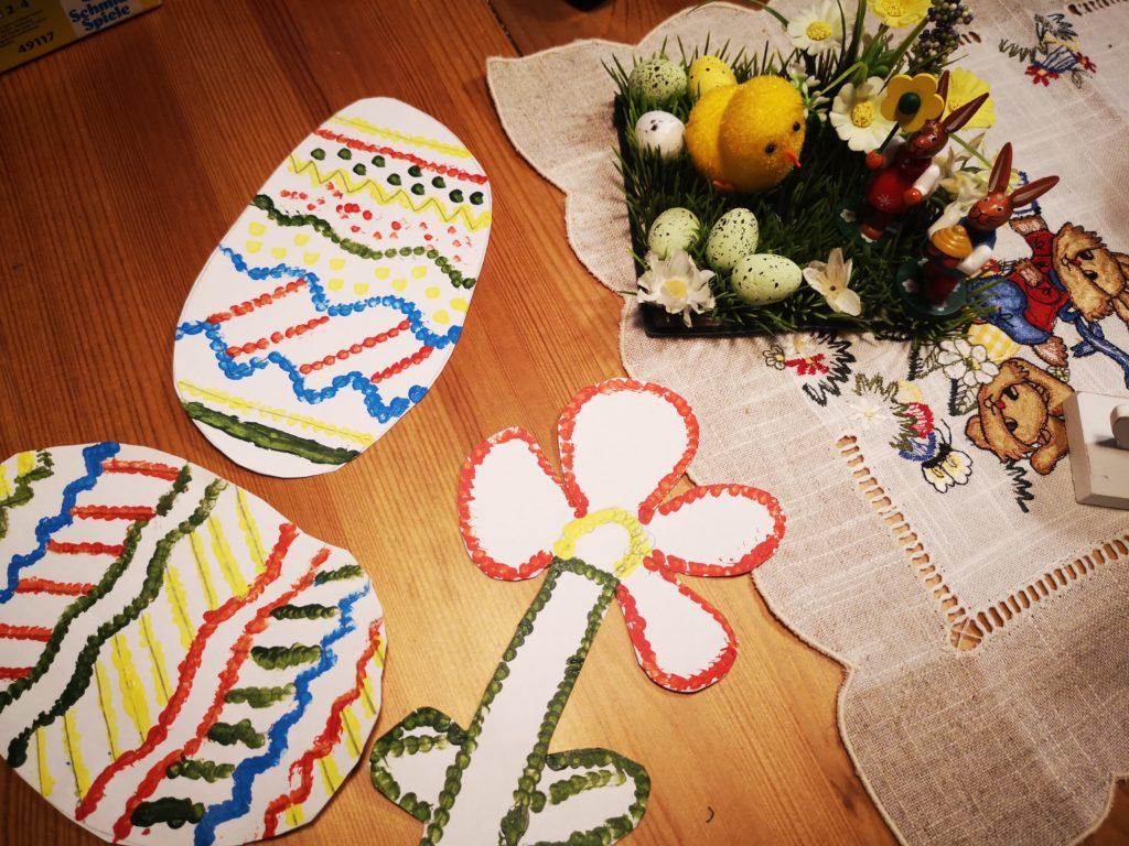 Getupfte Bilder als Geschenkidee zu Ostern