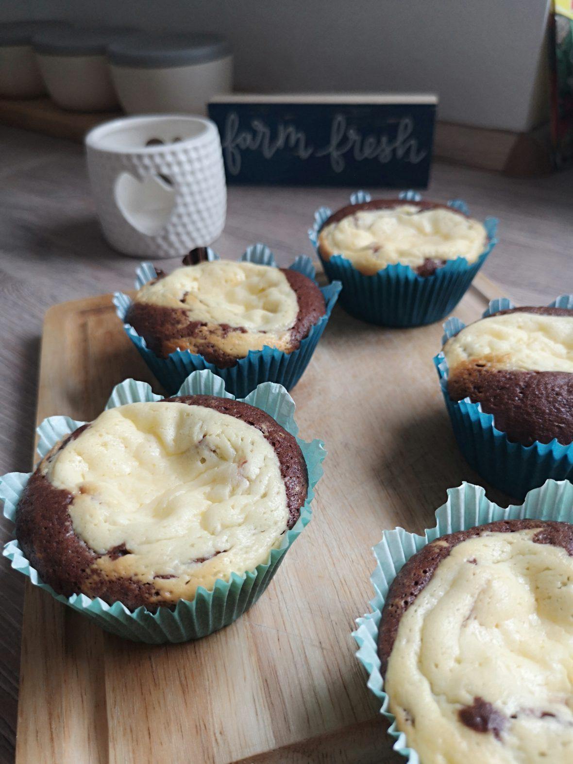 brownie cheesecake muffins