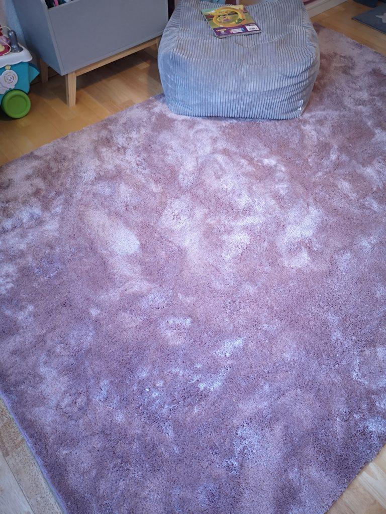 kuscheliger teppich von alice & fox